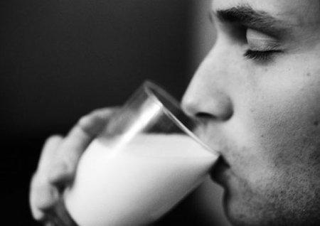"""Молоку """"вернули"""" целебность!"""
